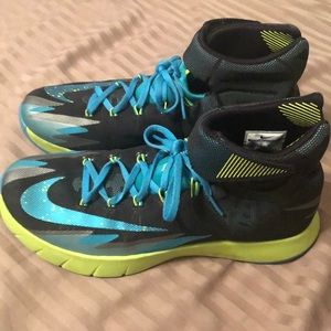 Nike Zoom basketball shoes size 10